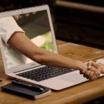 Website-Texte schreiben, optimieren oder aktualisieren lassen: Ihren Website-Texter finden Sie bei der Textwerkstatt Punktgenau in der Variante Webseiten-Texterin.